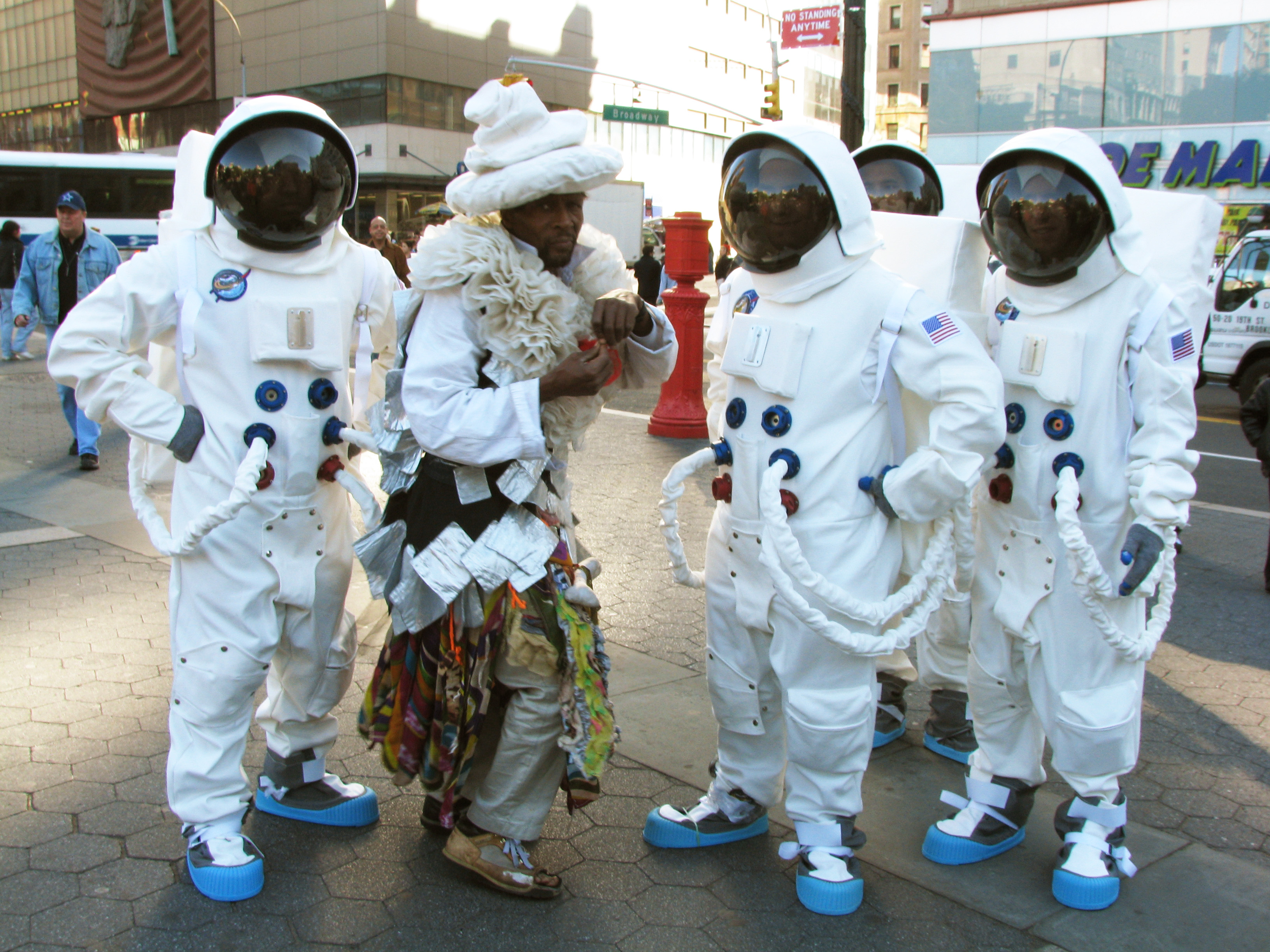 Wendell Headley poses with Astronauts