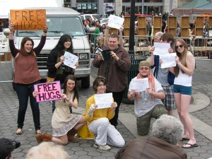 Street Preacher mocked by NYU Students – Mar 8, 2009