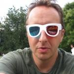 Normal Bob Smith in 3D glasses selfie
