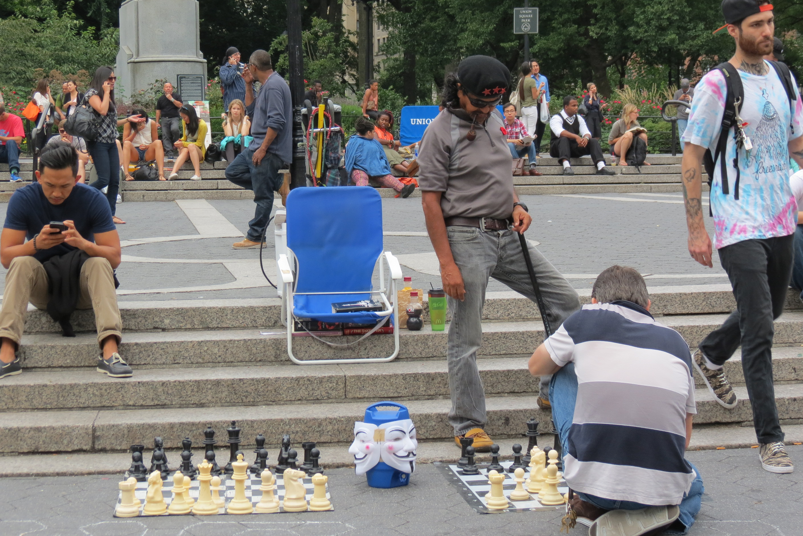 Occupy playing chess