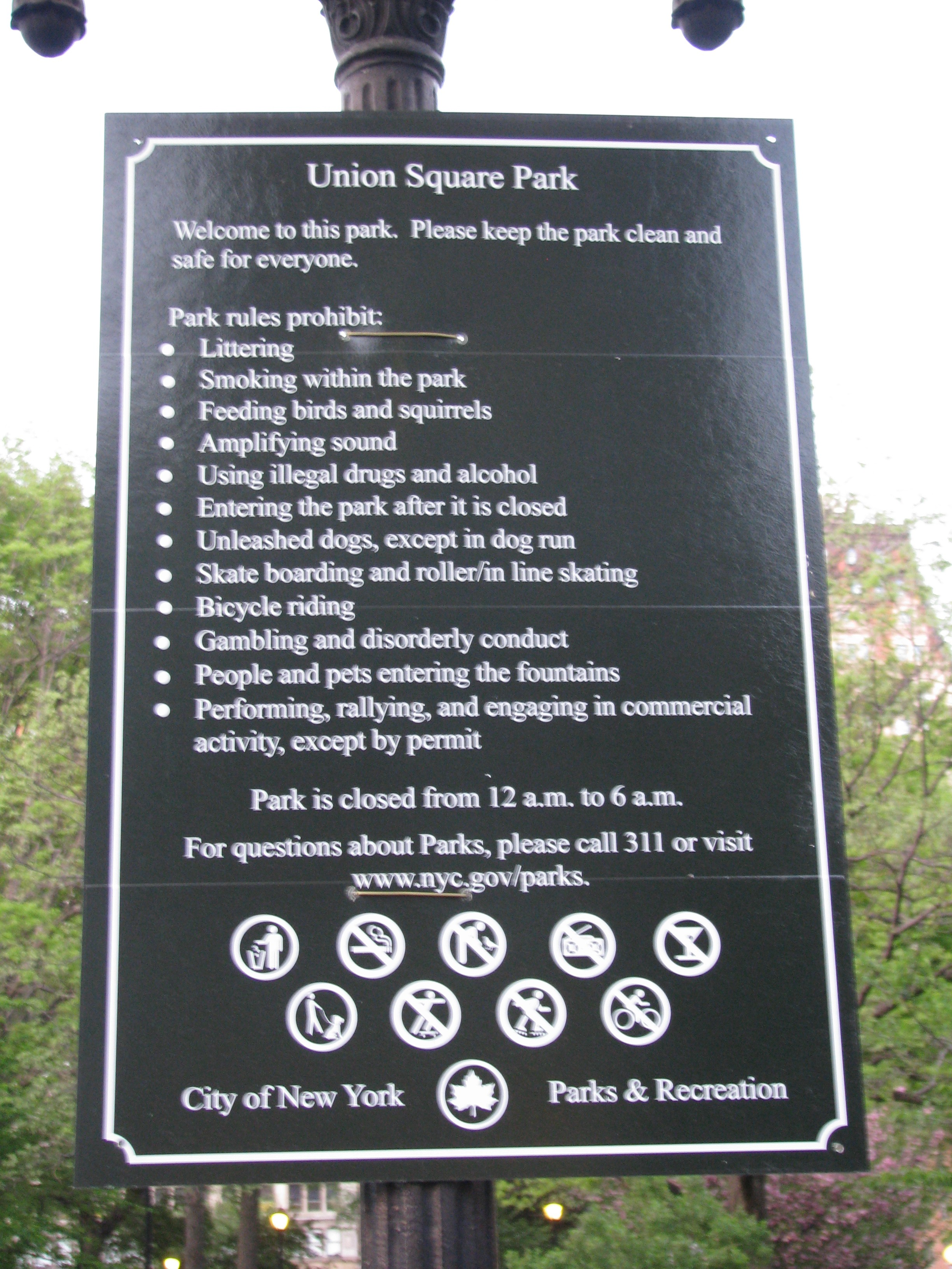 sign of park rules