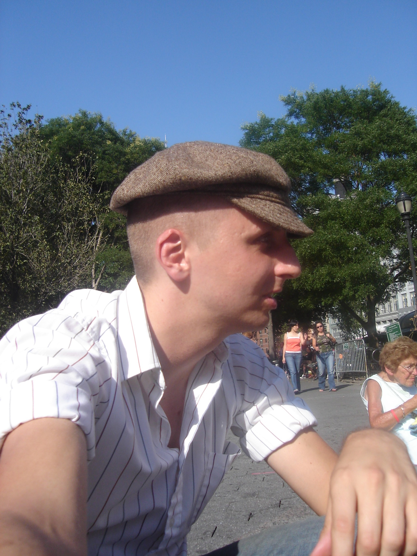 Normal Bob in Hat Profile