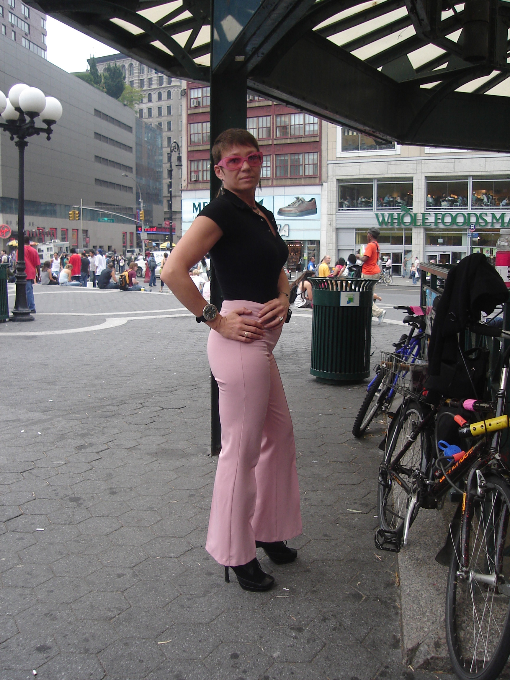Woman in tight pink pants